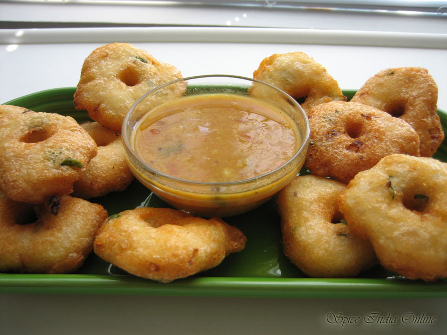 http://www.spiceindiaonline.com/files/images/recipes/vadai/l_vadai2.jpg
