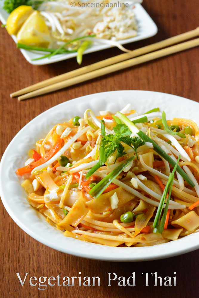 PAD THAI RECIPE ~ Vegetable Pad Thai Recipe ~ Take-out Style Pad Thai ...