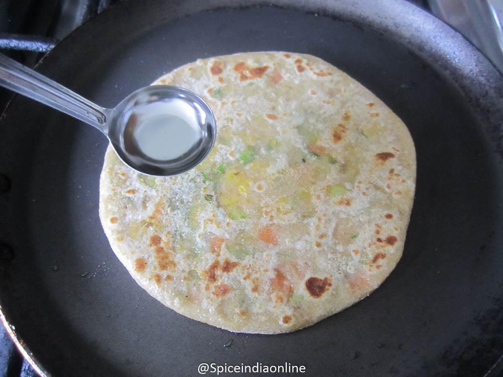 MIXED VEGETABLE PARATHA RECIPE – Vegetable Paratha Recipe ...