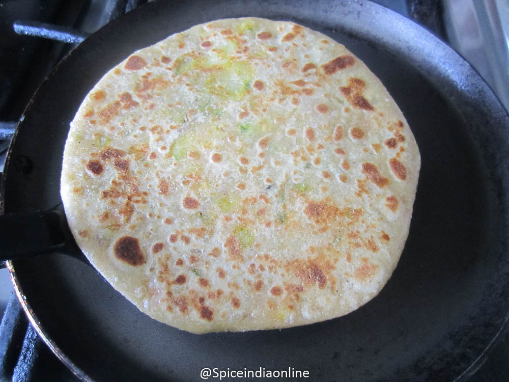 MIXED VEGETABLE PARATHA RECIPE – Vegetable Paratha Recipe ...