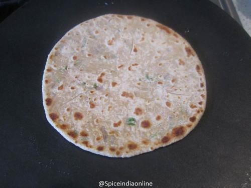onion-paratha-9