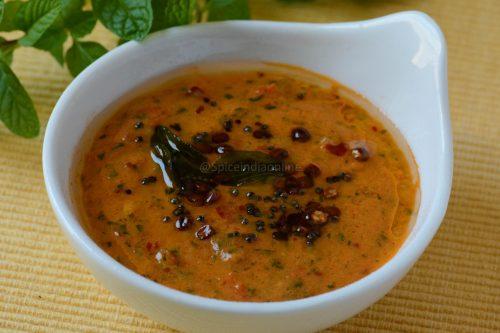 Chettinad Tomato Pudina Chutney