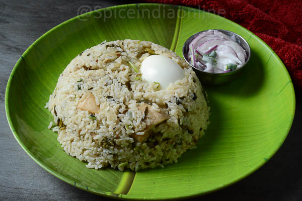 Vellai Chicken Biryani