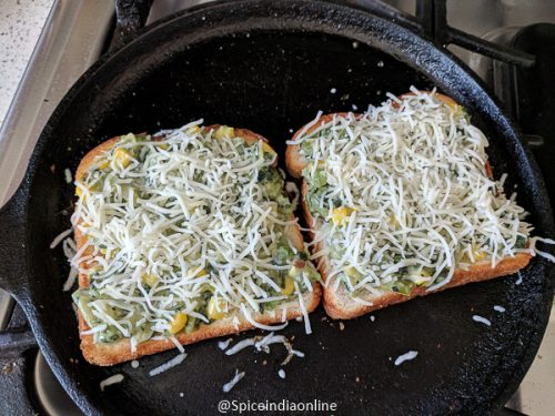 Cheesy Spinach and Corn Toast