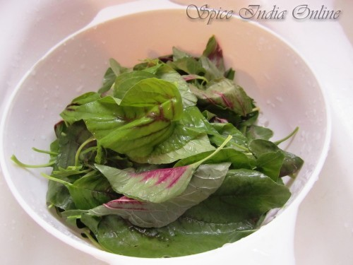 Amaranth leaves stir fry-mulai keerai poriyal 1