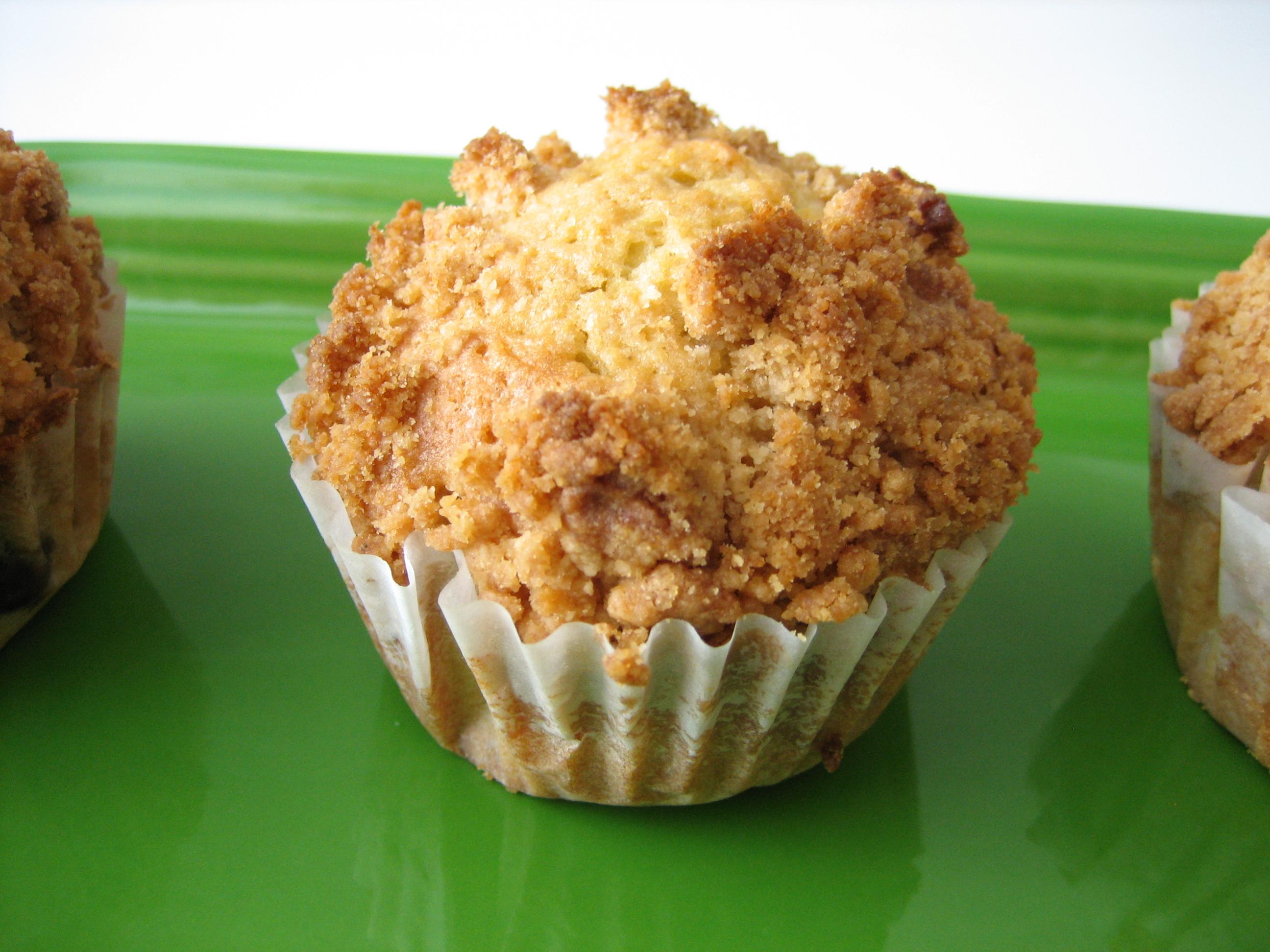 Blueberry-Cashew-Crumb-Muffins-2
