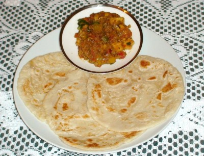 Stuffed Rice Roti (with Video Guide)