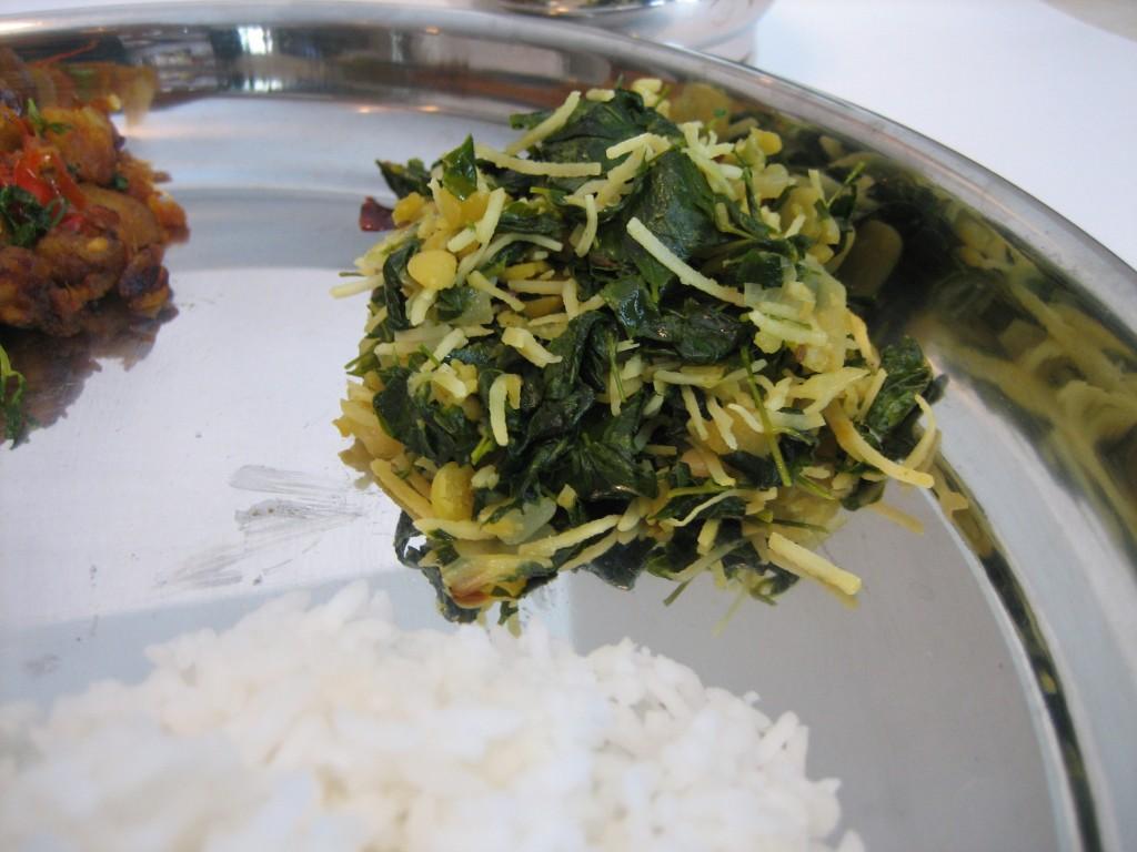 Murungai-Keerai-Poriyal-5