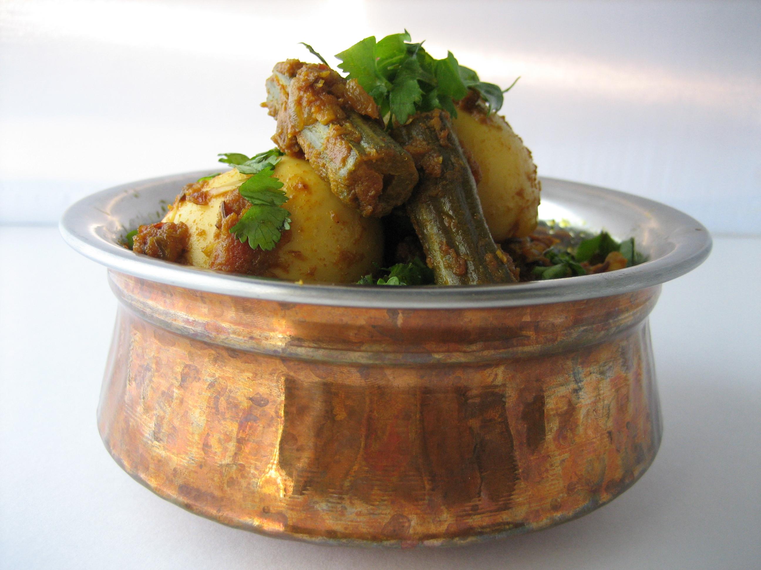 Murungakkai-Muttai-Curry