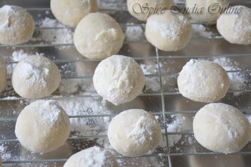Snowball cookies 7