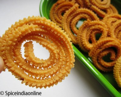 Butter Murukku – Easy Murukku Recipe / Diwali Snacks
