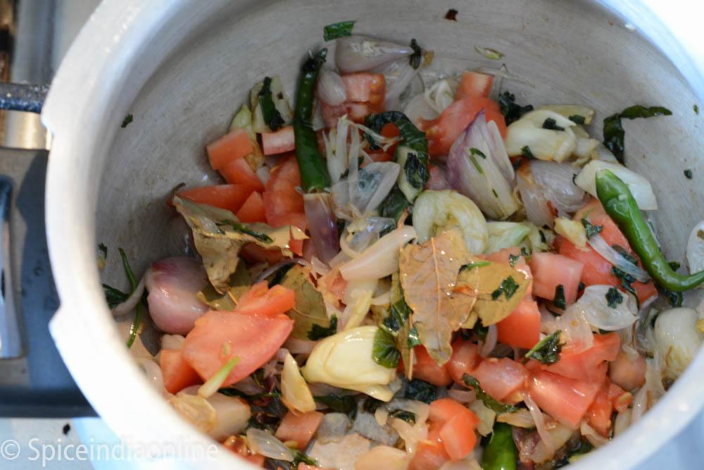 Chettinad Vegetable Biryani / Kaikari Biryani - Chettinad ...